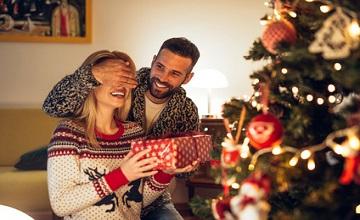 Quel cadeau offrir à sa copine pour Noël ?