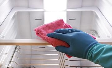 Enlever les mauvaises odeurs de son frigo