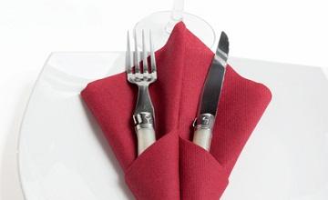 Des pliages de serviettes de table originaux pour la Saint-Valentin