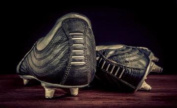Adidas innove avec une chaussure de foot sans lacets et des sneakers en 3D