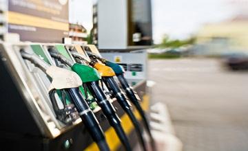 Comment trouver la station essence la moins chère près de chez vous ?
