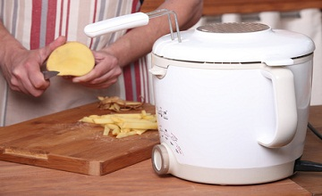 Les meilleures astuces pour dégraisser une friteuse