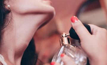 Les bons plans et les promos des soldes d'hiver Parfums moins cher